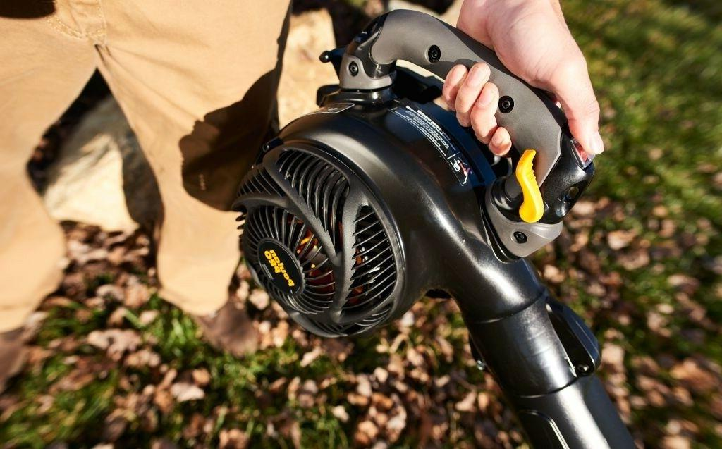 Poulan Pro Gas Blower/Vacuum with Control